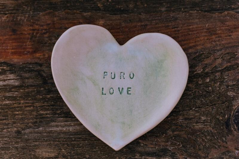 Editorial Puro Love